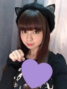 2016/11/22 のツイート「とある撮影をしてるよ〜!」光と影の感じが良くて,より美人さんに見えます。猫に例えれば,ペルシャ猫という感じです。